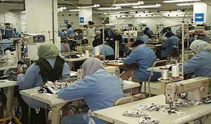 مصنع نسيج يمنح عطلة لعماله ال500 بمدة اسبوعين ويتعهد بتسديد اجورهم في موعدها