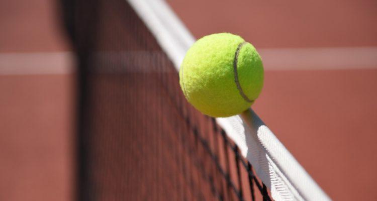 La Fédération Tunisienne de Tennis fait un don de 20 mille dinars