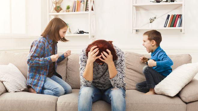"""#Confinement/ """"Je ne peux plus les supporter!"""" : Comment  gérer  les conflits avec ses enfants"""