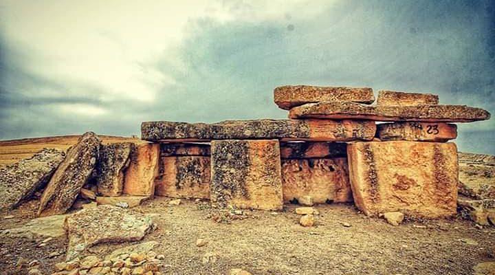 في السياحة الثقافية : ماذا تعرفون عن المقابر الجلمودية – بقلم خديجة بن محمد