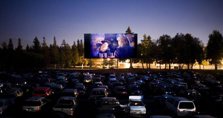 """Le cinéma drive-in  s'installe à Sidi Bousaid : Et si on réimaginait le cinéma façon """" American Graffiti """""""