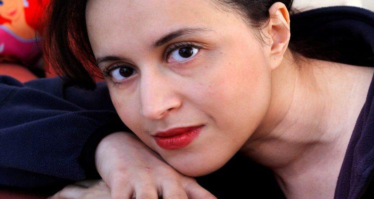 إنتحار الكاتبة المغربية الهولندية   نعيمة البزّاز