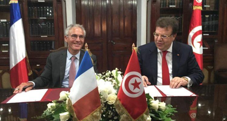 تونس تستعد لاطلاق كوكبة من 30 قمر صناعي