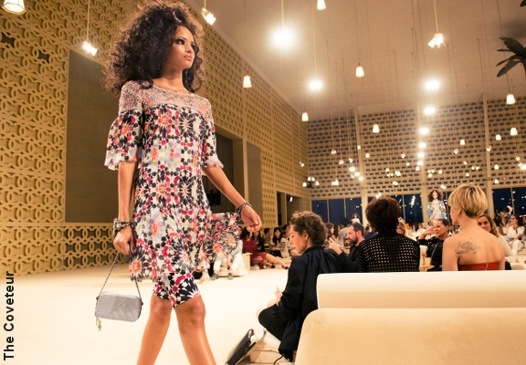 Chanel s'invite à Dubaï pour son défilé Croisière 2022