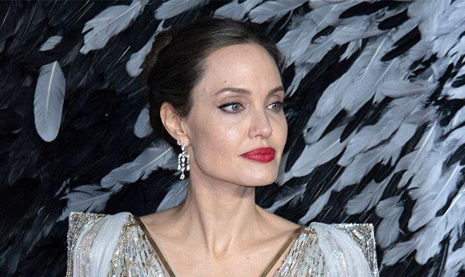Angelina Jolie débarque sur Instagram pour la bonne cause