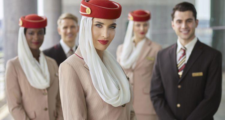 Emirates  recrute 3 000 membres d'équipage et 500 agents des services aéroportuaires